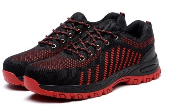 Một số mẫu giày bảo hộ đế cao su ưa chuộng hiện nay.